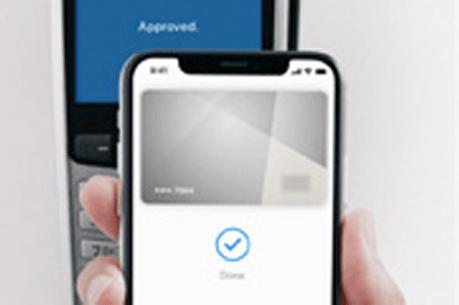 Video platba iPhonom X používajúcim Face ID